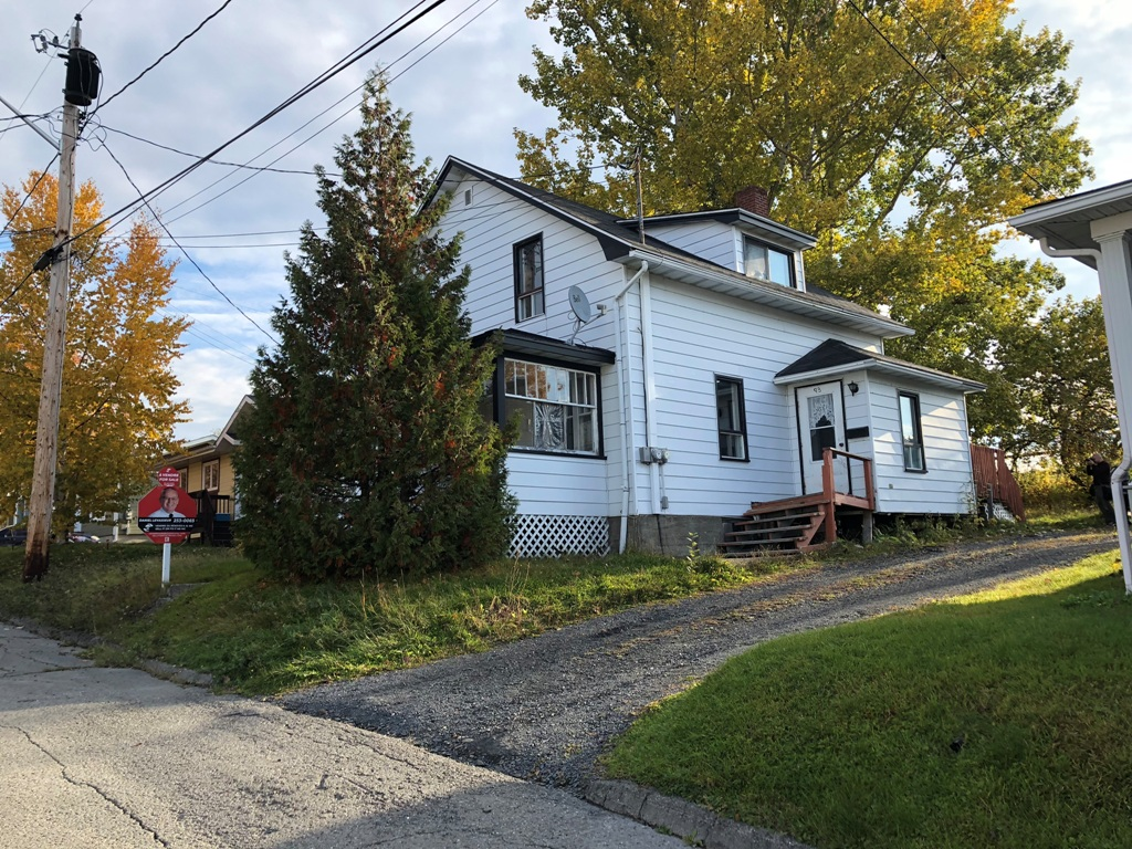 Duplex for sale, Edmundston